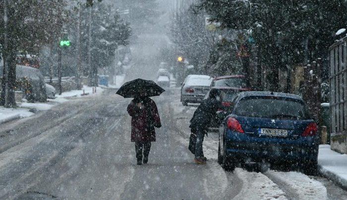 Καιρός: Ραγδαία επιδείνωση - Έρχονται χιόνια και τσουχτερό κρύο