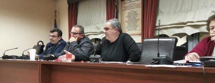 Κατεπείγουσα συνεδρίαση του Δημοτικού συμβουλίου σήμερα στις 18:00 «κεκλεισμένων των θυρών» με πρωτοβουλία της Αντιπολίτευσης και με θέμα την εγκατάσταση των Αιολικών πάρκων στην Δίρφυ