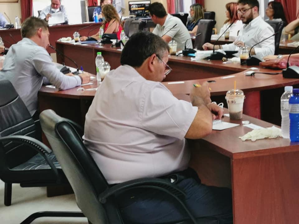 Η «κεκλεισμένων των θυρών» συνεδρίαση του Δημοτικού συμβουλίου του Δήμου Διρφύων Μεσσαπίων (φωτό-video) 98343457 2939551322800689 6204827385813008384 n