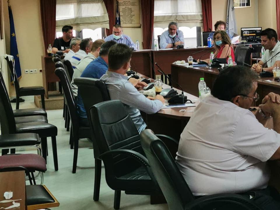 Η «κεκλεισμένων των θυρών» συνεδρίαση του Δημοτικού συμβουλίου του Δήμου Διρφύων Μεσσαπίων (φωτό-video) 98393212 2939550629467425 8716304255109038080 n