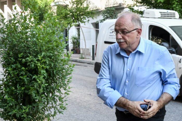 O Δημήτρης Παπαδημούλης αγόρασε 8 ακίνητα το 2018...