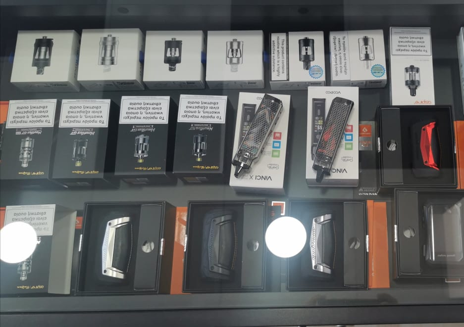 «esmoke center»: Τώρα ηλεκτρονικό τσιγάρο και στα Ψαχνά 109144357 277281807032088 5747099693292824304 n