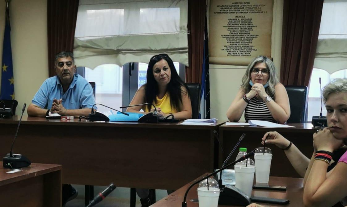 Πραγματοποιήθηκε η πρώτη συνάντηση για την δημιουργία εθελοντικής ομάδας πρώτων βοηθειών στο Δημαρχείο των Ψαχνών 111