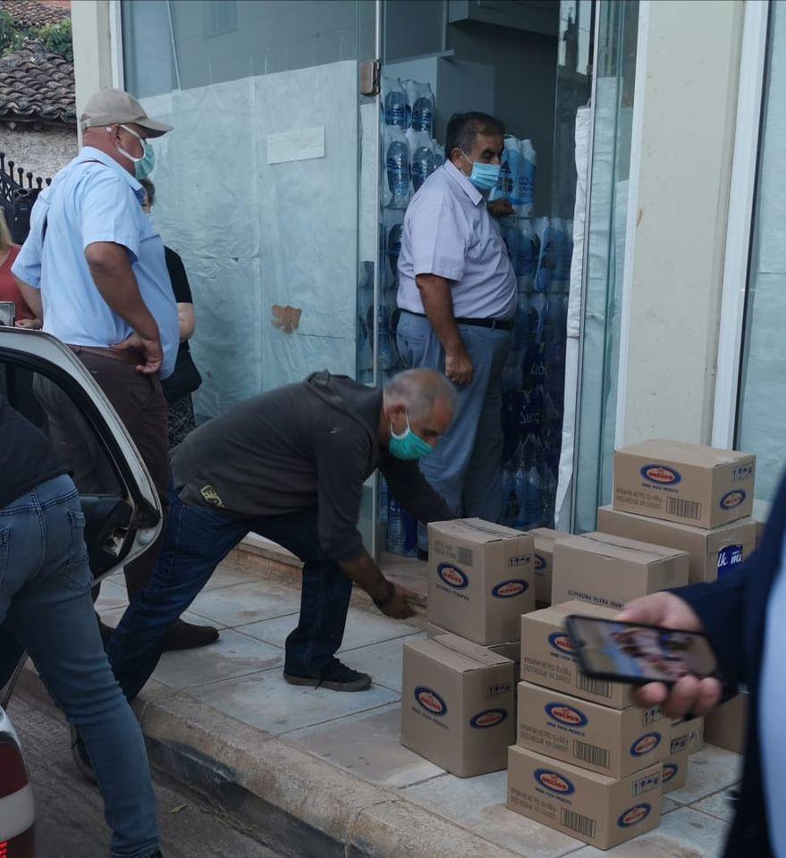 Ανθρωπιστική βοήθεια στους πληγέντες του Δήμου Διρφύων Μεσσαπίων από τον Σίμο Κεδίκογλου και από Προέδρους ΔΗΜΤΟ Ευβοίας (φωτό-video) 120968495 791663621632244 6052311645989033378 n