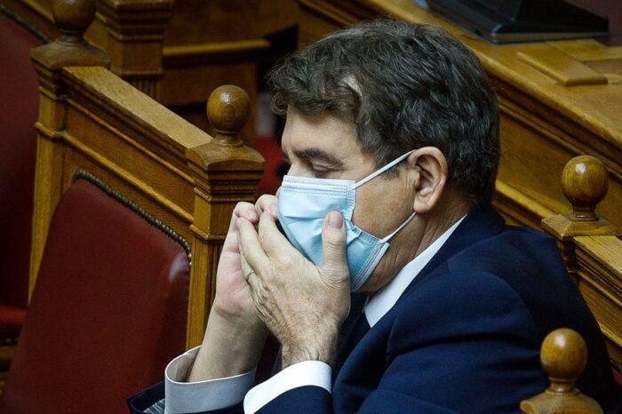 """Ο Πολάκης αποκαλύπτει γιατί ο Χρυσοχοΐδης """"με δική του απόφαση"""" έκλεισε την Εθνική Οδό"""