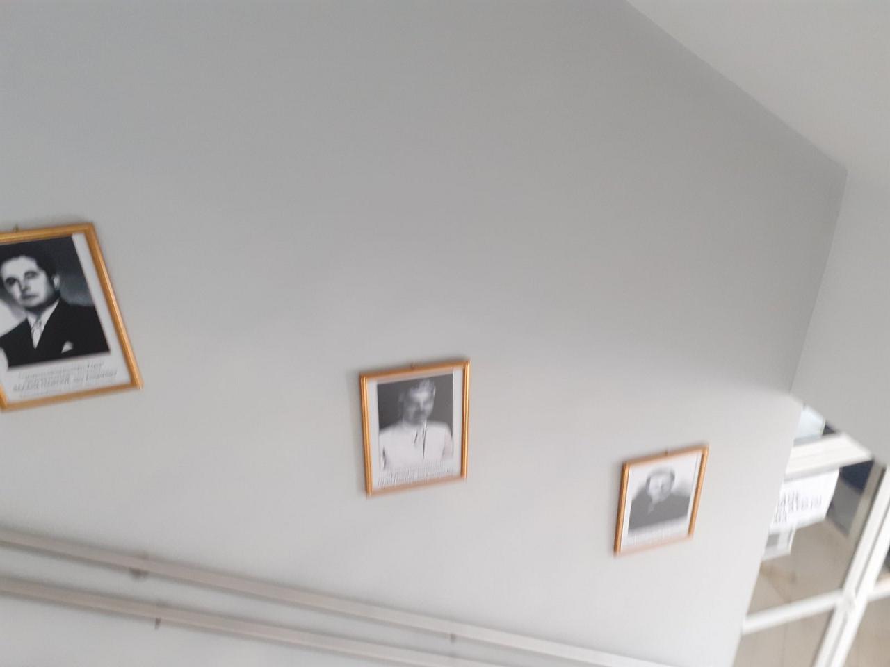 Κάδρα με φωτογραφίες όλων των Δημάρχων από το 1949 μέχρι και το 2014 τοποθέτησε ο Δήμαρχος Γιώργος Ψαθάς στις σκάλες του Δημαρχείου (φωτογραφίες) 5