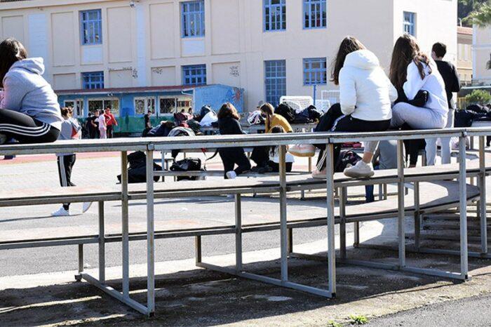 Σχολεία: Συνεδριάζει σήμερα η επιτροπή - Να ανοίξουν στις 12 Απριλίου τα Λύκεια, η εισήγηση της Κεραμέως