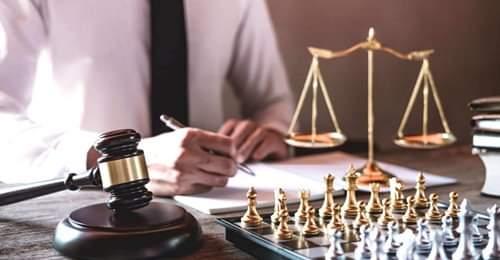 Δωρεάν παροχή νομικών πληροφοριών σε ζωντανή επικοινωνία (live chat)