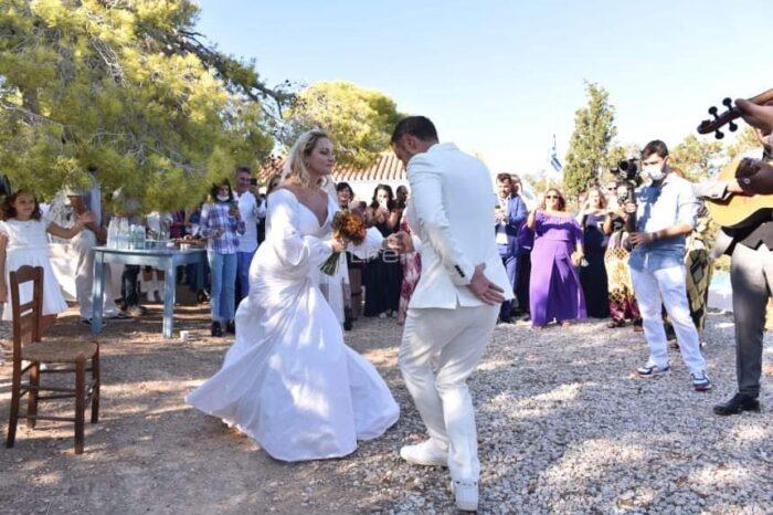 Γάμοι:Επιτρέπονται 300 άτομα και μουσική αλλά χωρίς χορό..