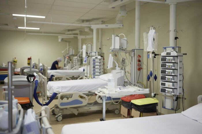 Κοζάνη: Νοσηλεύτρια του Μαμάτσειου νοσοκομείου με πιστοποιητικό εμβολιασμού από τον Παλαμά Καρδίτσας